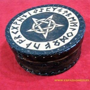 cajaredonda-runas-espadasmedias-001